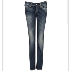 Silver jeans Suki mid straight fit.
